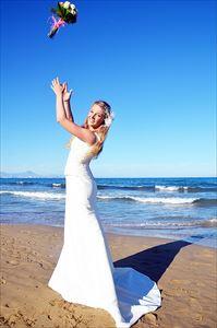 ポルクで日焼け止め対策してる花嫁